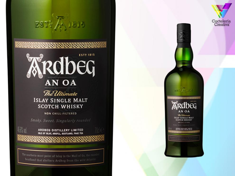 Botella Ardbeg An Oa Islay Single Malt Scotch Whisky con detalle de etiqueta