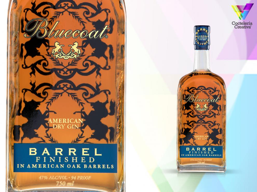imagen de la botella de bluecoat gin barrel finished con detalle de la etiqueta