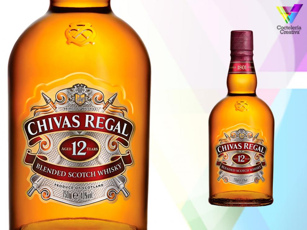 imagen de whisky chivas regal 12 years old con etiqueta destacada